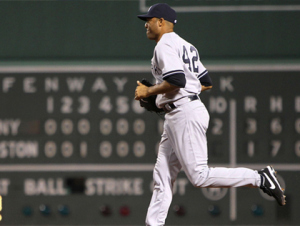 mariano-rivera-at-fenway-park